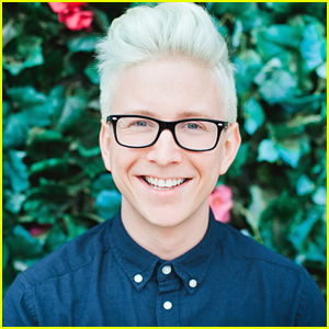 Tyler Oakley's Documentary 'Snervous' Coming To Theaters In December!