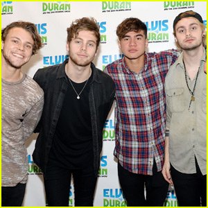 5 Seconds of Summer's New Album 'Sounds Good Feels Good' Debuts at No. 1 on Billboard!