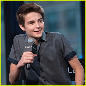 Corey Fogelmanis Hits Up AOL Build After 'Mostly Ghostly' Casting News