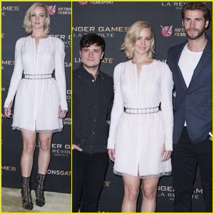 Jennifer Lawrence Hits Paris for 'Mockingjay Part 2' With Liam Hemsworth & Josh Hutcherson