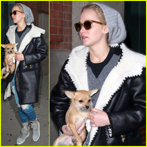 Jennifer Lawrence Carries Her Adorable Dog in NYC Before Thanksgiving