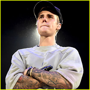 Justin Bieber Cries On Stage at 'Purpose' Album Release Show
