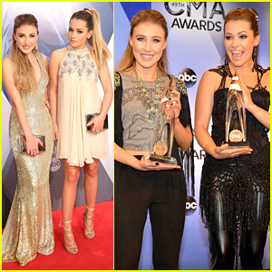 Maddie & Tae Celebrate Music Video Of the Year Win at CMA Awards 2015