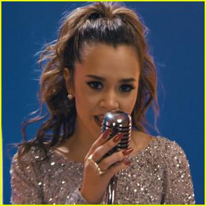 Megan Nicole Releases English & Spanish Language Song 'Fever'