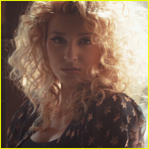 Tori Kelly Drops 'Hollow' Music Video - Watch Now!