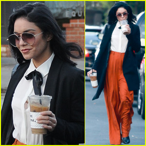 Vanessa Hudgens & Austin Butler Get A Cooking Lesson From A Top Chef