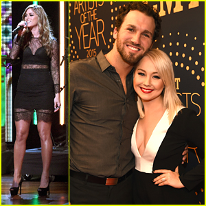 Cassadee Pope & RaeLynn Honor Blake Shelton at CMT Artists Of The Year 2015