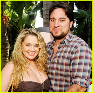Tiffany Thornton's Husband Chris Carney Dies at 35