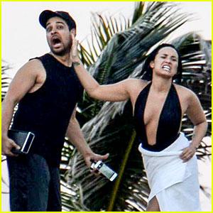 Demi Lovato Gets Into Fake Fight with Wilmer Valderrama!