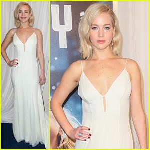 Jennifer Lawrence Keeps It Simple for the 'Joy' NYC Premiere