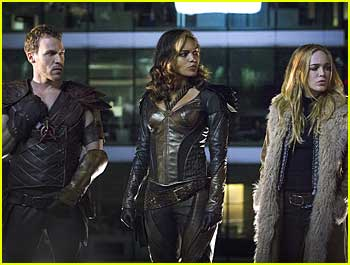 Get A First Look At DC's Legends Of Tomorrow Premiere Episode!