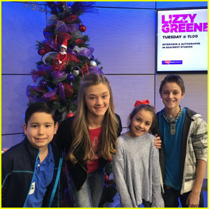 Nicky, Ricky, Dicky & Dawn's Lizzy Greene Visits Children's Hospital in Dallas