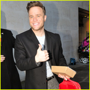 Olly Murs Covers One Direction's 'Perfect' - Watch Now!