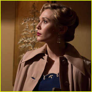 Elizabeth Olsen Looks Gorgeous in New 'I Saw the Light' Movie Stills
