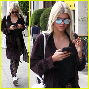 Sofia Richie Goes Back To Blonde For Holiday Season