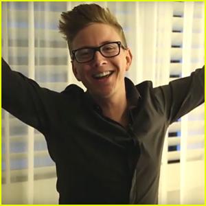 Tyler Oakley Drops New Vid About 'Snervous' Premiere - Watch Now!