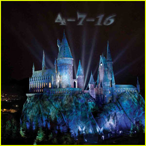 The Wizarding World of Harry Potter Officially Opens at Universal Studios in April 2016!