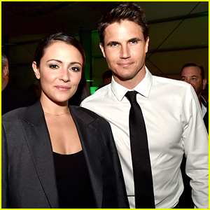 Stephen Amell's Daughter Mavi To Be Robbie Amell & Italia Ricci's Flower Girl at Their Wedding