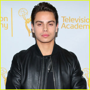 Twitter Reacts to Jake T. Austin Dating Huge Fan Danielle Ceasar