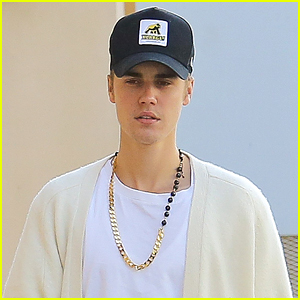 Justin Bieber Plays Beethoven in Beverly Hills - Watch The Vid!