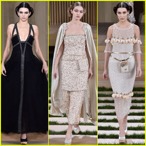 Kendall Jenner & Gigi Hadid Stut Their Stuff in Karl Lagerfeld's Fashion Show