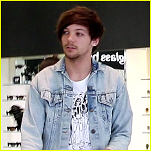 Louis Tomlinson Steps Out After Becoming a Dad!