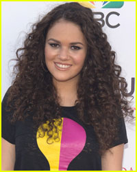 Madison Pettis Reveals What Happened When She Sat Next to Ed Sheeran on an Airplane
