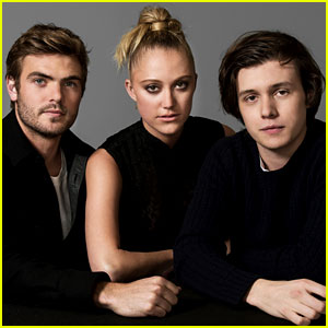 Nick Robinson & 'The 5th Wave' Cast Pose for Exclusive JJJ Portraits!