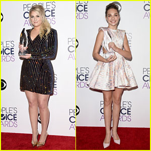 Meghan Trainor & Maddie Ziegler Have the Sweetest Reactions to Their People's Choice Awards Wins