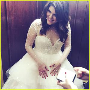 Molly Tarlov Teases Wedding Mag Photo Shoot In Gorgeous Monique Lhuillier Dress