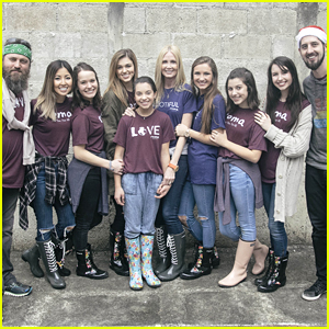 Sadie Robertson Donates Hundreds of Roma Boots To Kids In Guatemala