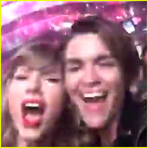 Taylor Swift Hangs Out with Ruby Rose, Sings 'Sweet Nothing' at NYE Party!