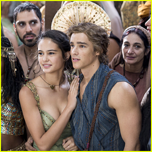 Brenton Thwaites Avoids The Blades In New 'Gods of Egypt' Clips with Courtney Eaton