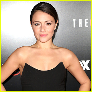 Italia Ricci Heads For White House In 'Designated Survivor'