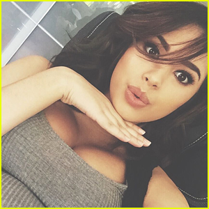 Jasmine V Holds Baby Daughter Ameera For The First Time