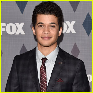 Is 'Grease: Live' Hottie Jordan Fisher Single?