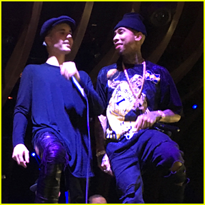 Justin Bieber Hits Up 1OAK with An Impromptu Performance!