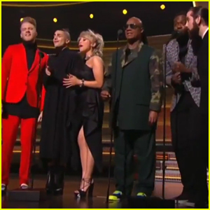 Pentatonix Sing With Stevie Wonder at Grammys 2016 - Earth, Wind & Fire Maurice White Tribute