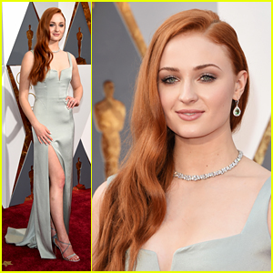 Sophie Turner Supports Red Carpet Green Dress at Oscars 2016