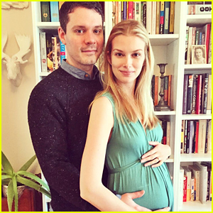 Stitchers' Emma Ishta & Husband Daniel McCabe Are Pregnant!