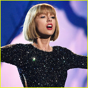 Taylor Swift Announces Next '1989' Single: 'New Romantics'