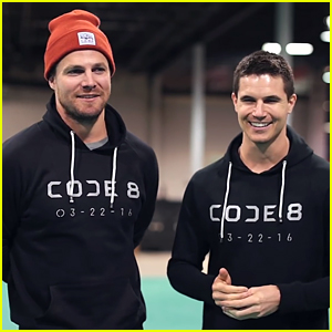 Arrow's Stephen Amell Making First Feature Film With Cousin Robbie - Watch Now!