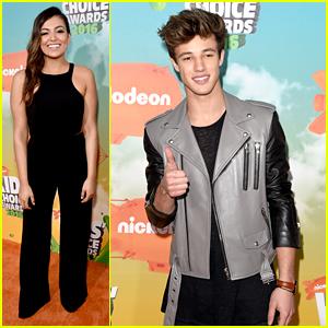 Bethany Mota & Cameron Dallas Rep Team Internet on Kids Choice Awards 2016 Orange Carpet