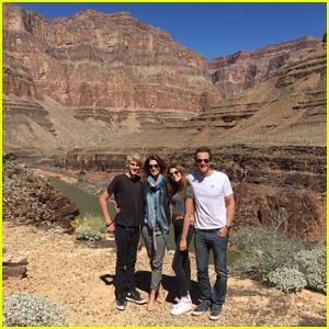 Kaia & Presley Gerber Enjoy Family Vacation at the Grand Canyon!