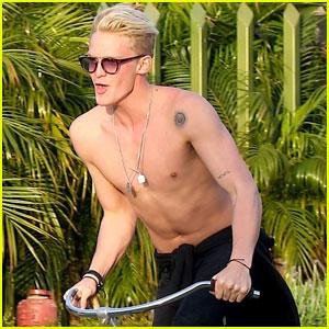Cody Simpson Takes a Shirtless Bike Ride!