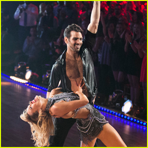 DWTS' Peta Murgatroyd Says Nyle DiMarco Has Made Her a Better Teacher