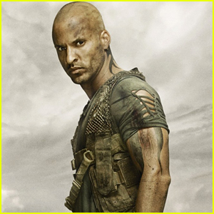 Ricky Whittle's Mom Criticizes 'The 100' Showrunner & 'Bullies' In Series of Tweets