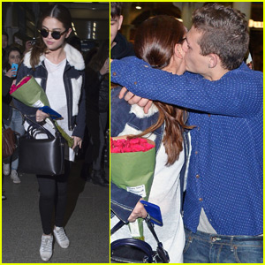 Selena Gomez Gets a Kiss From a Fan On Her Way to London