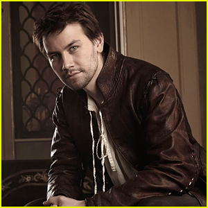 Torrance Coombs Is Leaving 'Reign' For New Show 'Still Star Crossed'