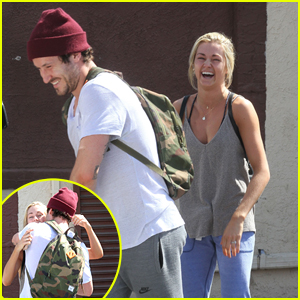 Val Chmerkovskiy & Lindsay Arnold Hold Hands While Leaving 'DWTS' Practice